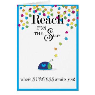 Alcance para el éxito de las estrellas tarjeta de felicitación