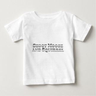 Alces y ardilla del lanzamiento - básicos camiseta de bebé