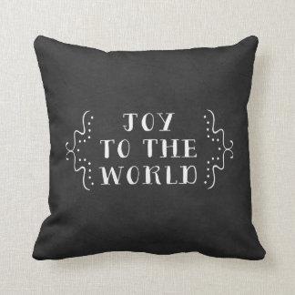 Alegría a la almohada de la decoración del día de