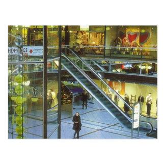 Alemania, Berlín, centro comercial del Europa Postal