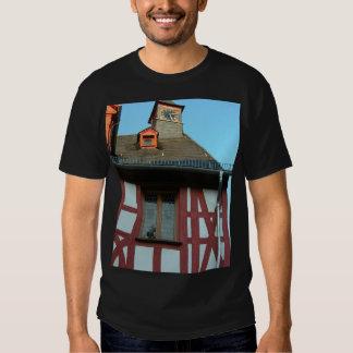 Alemania, Renania, Rhens, mitad enmaderó casas Camiseta