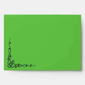 Aleta delantera e interior verde clara del sobre,