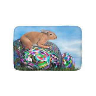 Alfombrilla De Baño Conejo en su huevo colorido para Pascua - 3D