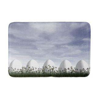Alfombrilla De Baño Huevos de Pascua en naturaleza por día nublado -