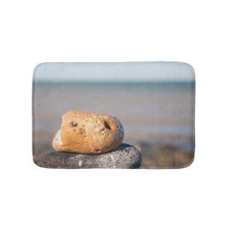 Alfombrilla De Baño Roca linda con una estera de baño de la cara