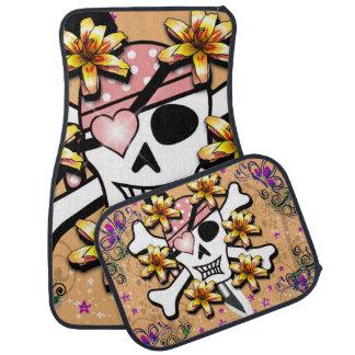 Alfombrilla De Coche Cráneo rosado y bandera pirata del pirata impresos