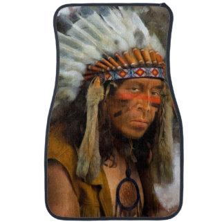 Alfombrilla De Coche Jefe indio con el tocado de la pluma impreso