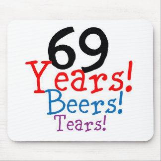 Alfombrilla De Ratón 69 años de rasgones de las cervezas