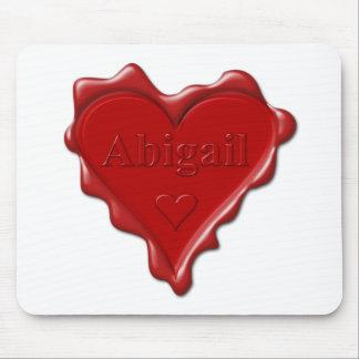 Alfombrilla De Ratón Abigail. Sello rojo de la cera del corazón con
