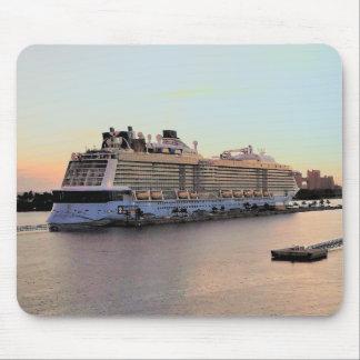 Alfombrilla De Ratón Alba del puerto de Nassau con el barco de cruceros