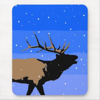 Alfombrilla De Ratón Alces de Bugling en el invierno - arte original de