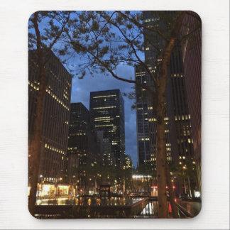 Alfombrilla De Ratón Amanecer en las luces de centro de la arquitectura