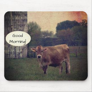 Alfombrilla De Ratón Buena mañana de su granja local de la vaca del