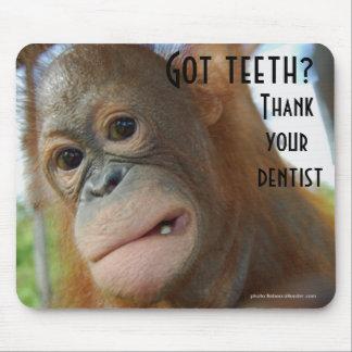 Alfombrilla De Ratón Cepille su humor del dentista de los dientes