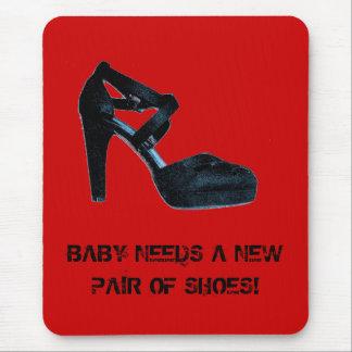 Alfombrilla De Ratón El bebé necesita un nuevo par de zapatos Mousepad