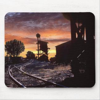 Alfombrilla De Ratón El carbón Tipple en la puesta del sol