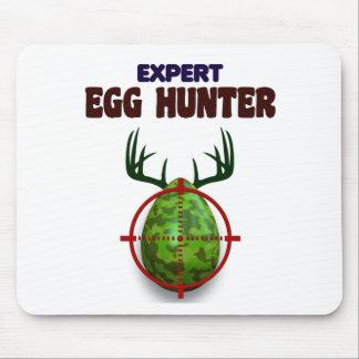 Alfombrilla De Ratón El cazador experto de Pascua, ciervo del huevo