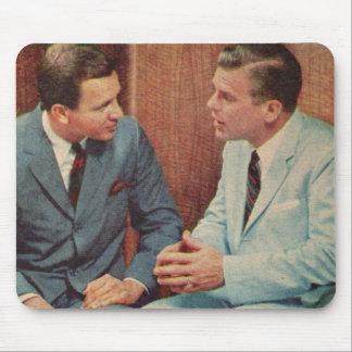 Alfombrilla De Ratón el hablar de los individuos de los años 50 dos