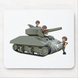 Alfombrilla De Ratón El tanque y soldados del dibujo animado en la