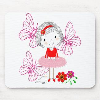 Alfombrilla De Ratón Flores de mariposa caprichosas lindas de la niña