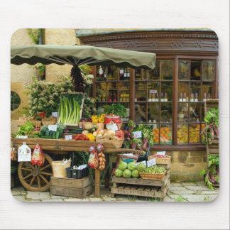 Alfombrilla De Ratón Fruta y tienda inglesa colorida del pueblo de Veg