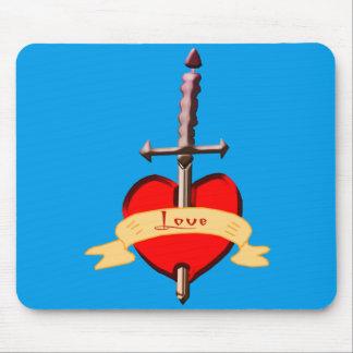 Alfombrilla De Ratón la daga del amor perforó el corazón