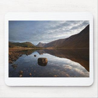 Alfombrilla De Ratón Lago Etive. Glencoe en las montañas escocesas