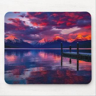 Alfombrilla De Ratón Lago McDonald, cielo del rojo del Parque Nacional