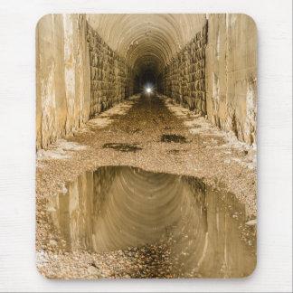Alfombrilla De Ratón Luz en el extremo del túnel - padres, papás