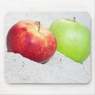Alfombrilla De Ratón manzanas en la arena