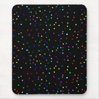 Alfombrilla De Ratón Modelo colorido de los cuadrados en fondo negro