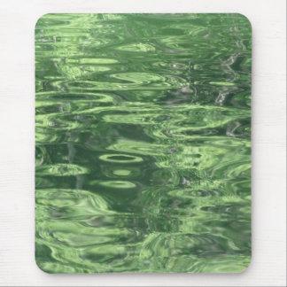 Alfombrilla De Ratón Reflexiones de la charca en verde
