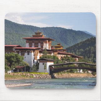 Alfombrilla De Ratón Templo budista por el río
