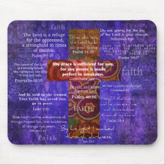 Alfombrilla De Ratón Versos de la biblia que elevan sobre la FE