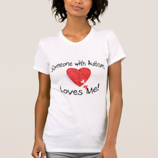 Alguien con autismo me ama (el rompecabezas de camiseta
