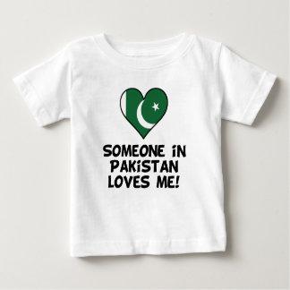 Alguien en Paquistán me ama Camiseta De Bebé