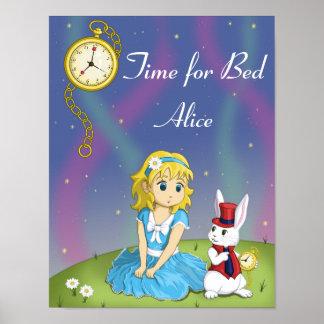 Alicia en poster de la cama del país de las