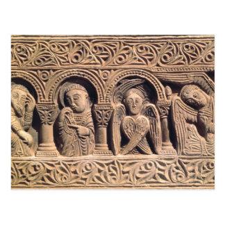 Alivio que representa a santos con un seraph postal