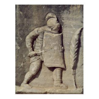Alivio que representa a un soldado romano postal