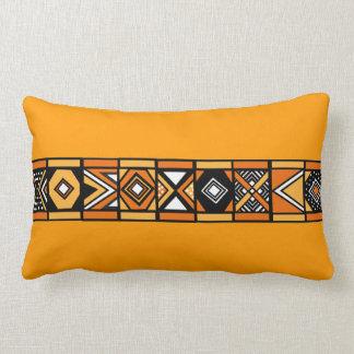 Almohada africana del arte del amarillo anaranjado