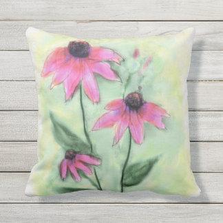 Almohada al aire libre de la flor púrpura del cono