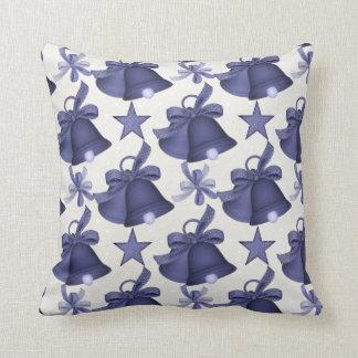 Almohada azul d1 de Belces del día de fiesta del