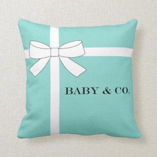 Almohada azul y blanca del BEBÉ y del CO del bebé