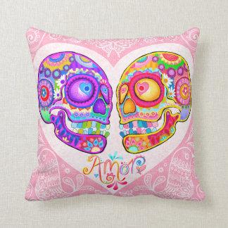 Almohada colorida del amor de los pares de los