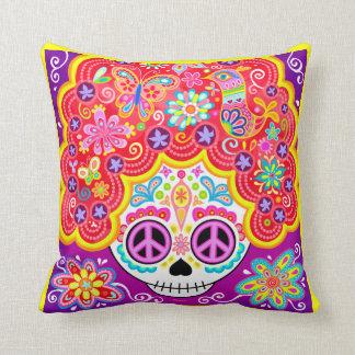 Almohada colorida del cráneo del azúcar - día del