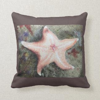 Almohada con los pescados de la estrella