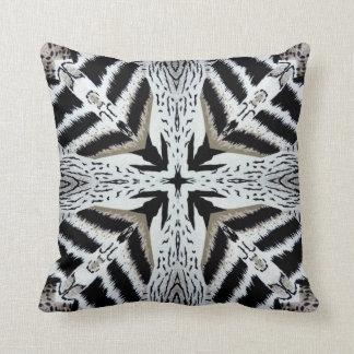Almohada cruzada africana del diseño del estampado