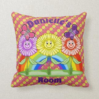 Almohada cuadrada de las flores felices