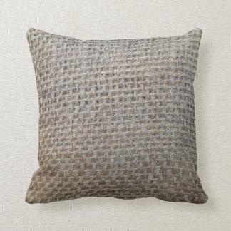 almohada de la arpillera-mirada
