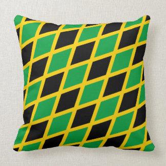 """Almohada de la """"bandera jamaicana"""" de Paul McGehee"""